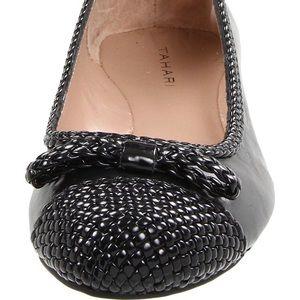 Tahari Voyage Ballet Flat 7 1/2 Leather